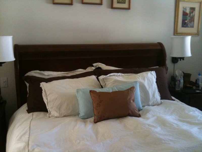 Pm_embroider_bed